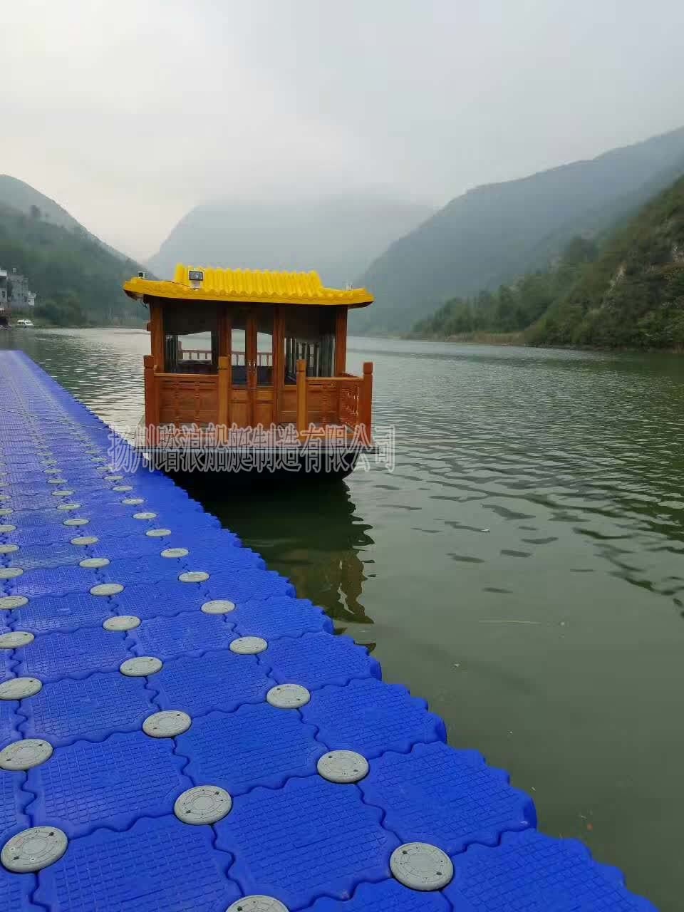 9米仿古湖面观光画舫船